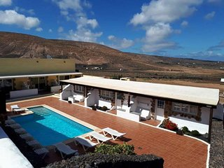 20 bedroom Villa in Tabayesco, Canary Islands, Spain : ref 5676551