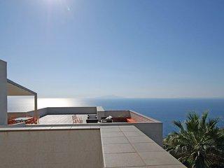 Marra-Marciano Villa Sleeps 24 with Pool Air Con and WiFi - 5227249