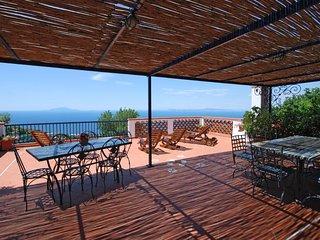 4 bedroom Apartment in Sant'Agata sui Due Golfi, Campania, Italy - 5218191