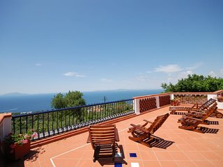 Conca Verde Apartment Sleeps 8 with Pool and WiFi - 5218191