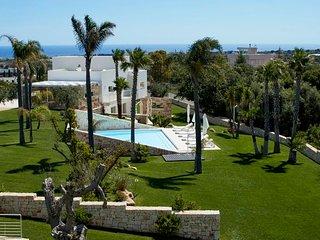 6 bedroom Villa in Polignano a Mare, Apulia, Italy : ref 5478904