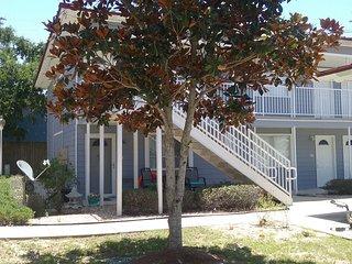 Biloxi, Mississippi, United States - Condo Vacation Rental-Hotel Resort comforts