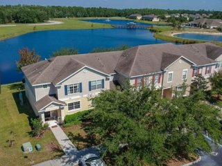 Vacation Home with Lake View near Disney