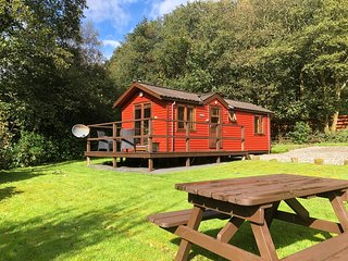 BRAMBLE LODGE | Romantic Riverside Lodge near Pucks Glen Dunoon Argyll