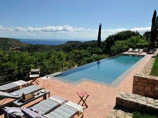5 bedroom Villa in Cala Galera, Tuscany, Italy : ref 5218530