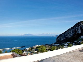 3 bedroom Apartment in Anacapri, Campania, Italy : ref 5218557