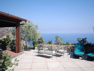 Positano Villa Sleeps 4 with Pool Air Con and WiFi - 5218171