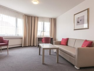 EMA House Serviced Apartment, Sihlfeldstr.127, 1BR