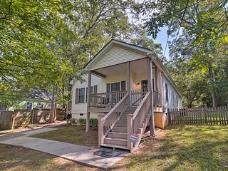 NEW! Charming Atlanta Home w/ Yard 4 Miles to DT!