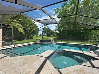 SWFL Rentals - Villa Milano - Beautiful Newly Rennovated Pool Home in Prime Loca