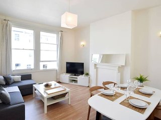 Fantastic 4 beds Flats in the Heart of Kensington