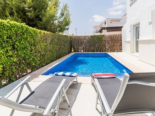 2 bedroom villa with pool and Jacuzzi La Torre Golf Resort Murcia Vacations PO5