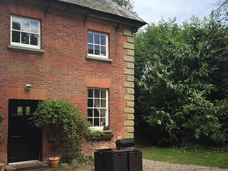 Carriage Cottage, cottage at Grade I Davenport House, Shropshire, sleeps 6