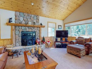 New Listing! Home w/pool table & mountain views-close to ski & lake