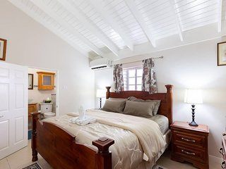 Premiere Vacation Rental - New Kingston
