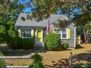Cape Cod cottage with central air conditioning- only 250 steps to the beach