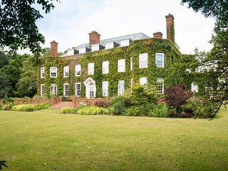 Luxury 5* Manor House In Devon With Sea Views