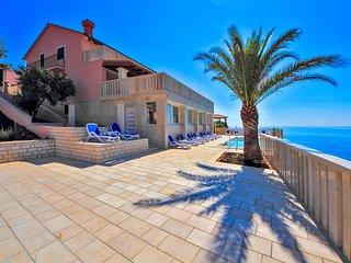 Smokvica Villa Sleeps 12 with Pool and Air Con - 5676358