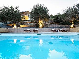 2 bedroom Apartment in Lido di Noto, Sicily, Italy : ref 5674728