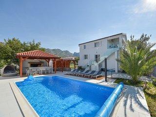5 bedroom Villa in Seline, Zadarska Zupanija, Croatia : ref 5675726