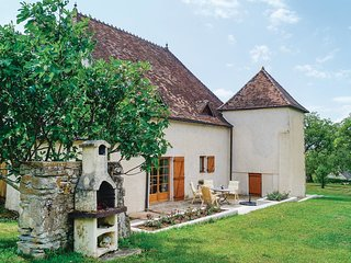 4 bedroom Villa in Labergement-Sainte-Marie, Bourgogne-Franche-Comte, France : r
