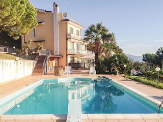 6 bedroom Villa in Eredita, Campania, Italy - 5676085