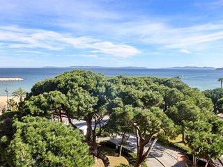 1 bedroom Apartment in Le Lavandou, Provence-Alpes-Côte d'Azur, France : ref 560
