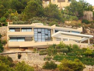 Catalunya Casas: Mesmerizing Villa Simo for 8 guests, just 5 minutes drive to Ta