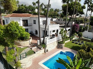 Near beach, Sea View, Near Restaurants, Golden Mile, Family/Friend/Golf groups