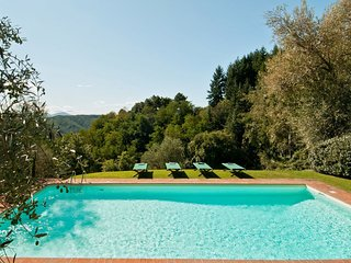 6 bedroom Villa in Stignano, Tuscany, Italy : ref 5666806