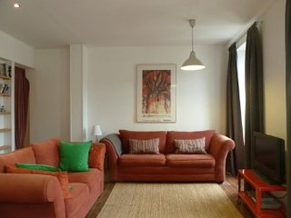 Lovely bright & light 2 bedroom appartment situated in a picturesque old convent