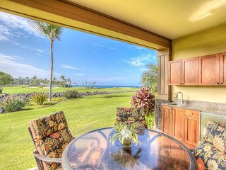 12E Priceless ocean/golf/volcano views! Oceanfront Pool/Spa/Cafe/Gym! Ground flo
