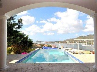 Chambre 'LA SERENE'  dans belle villa Simpson Bay belle vue, Ambiance conviviale