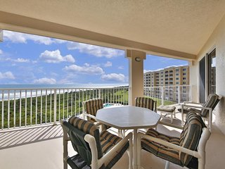Oceanfront condo with stunning ocean views and shared pool