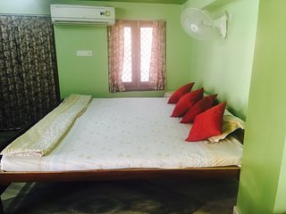 Wanderers Room with Two wheeler available for rent