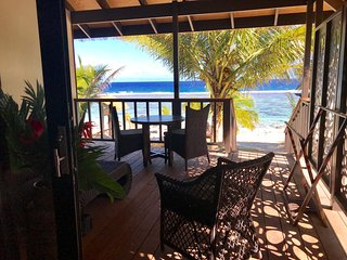 Serenity Villas #4 Rarotonga - Beachfront Bliss