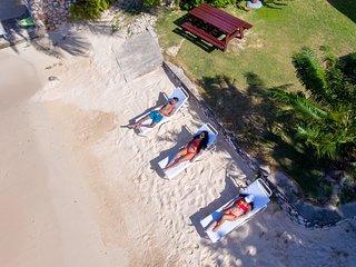 Luxury Private White Sand Beach Cottage 2bd with Chef - Eden Sands Villa