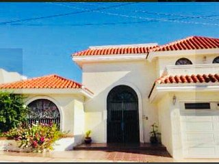 BEAUTIFUL HOUSE 1 MINUTE AWAY FROM THE BEACH AT MAZATLAN'S GOLDEN ZONE