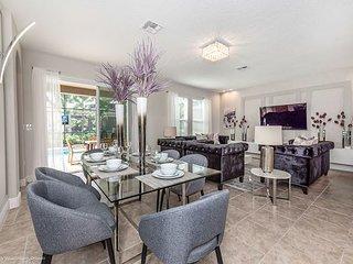 Modern & Luxurious 6BD/6.5BA Brand New Home!