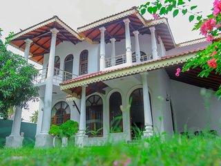 Villa Hirunika