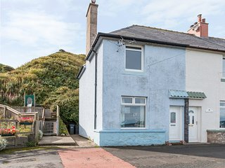 BLUE LOBSTER, family friendly, with a garden in Lower Burnmouth, Ref 5401