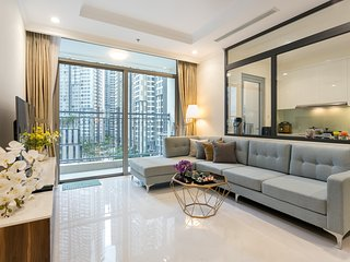 Modern - Stylish- 3Br Luxury Apt Next Landmark 81 with Free Pool, Gym, Park