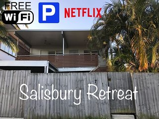 NEW! The Salisbury Retreat Entire House in the Trees Close CBD FREE Wifi Netflix