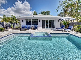 Luxury 'Boutique' Villa w/ Private Saltwater Pool & Hot Tub in Heart of Delray