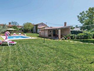 2 bedroom Apartment in Grandici, Istria, Croatia : ref 5564053