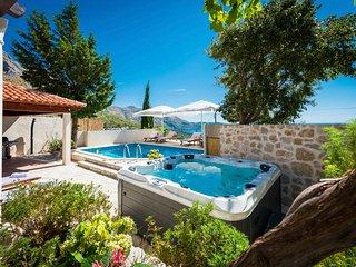 3 bedroom Villa in Brasina, Croatia - 5676525