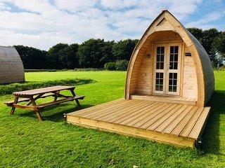 Higher Culloden Farm - Borlotti Cabin - Glamping Pod Holidays