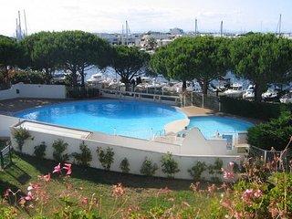 Studio port camargue 22m2 WiFI Piscine terrasse 8m2