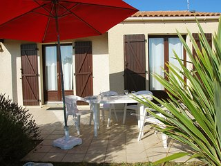 2 bedroom Villa in La Jauseliere, Pays de la Loire, France : ref 5513511