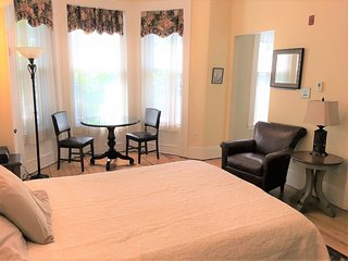 Boston Short Term Apartment - Back Bay Suites